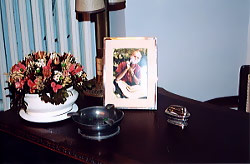 Рабочий стол с фотографией бреющегося Дж. Лоренци